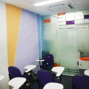 ruangan kelas bimbel lavender