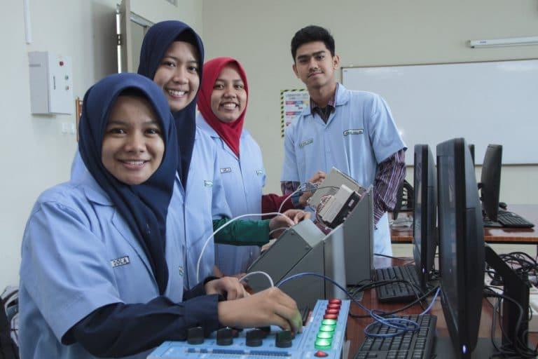biaya kuliah teknik elektro